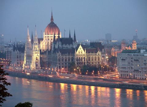 754Budapest y un recorrido por el Danubio
