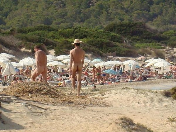 Preferencias de los turistas nudistas